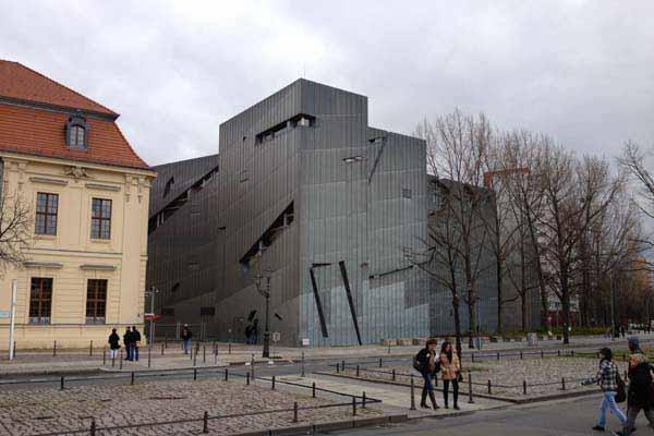 Daniel Libeskind, Jewish Museum Berlin, Berlino, Germania - Immagine © vitruvio.ch