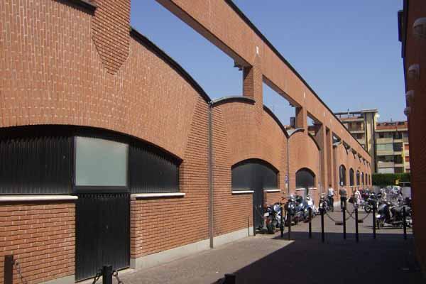 Mario Botta, Centro commerciale le Torri, Firenze. Italia - Immagine © vitruvio.ch