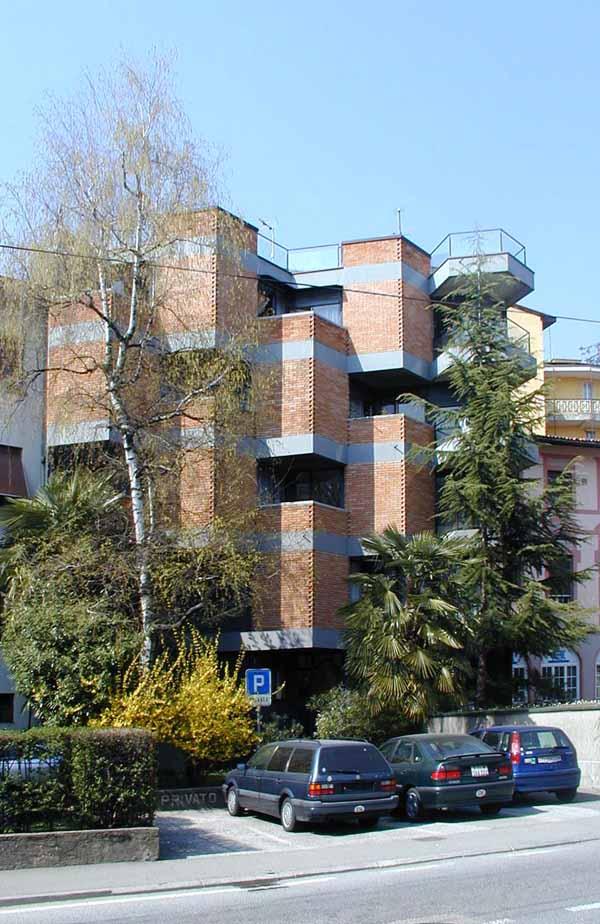Casa d'appartamenti Cate