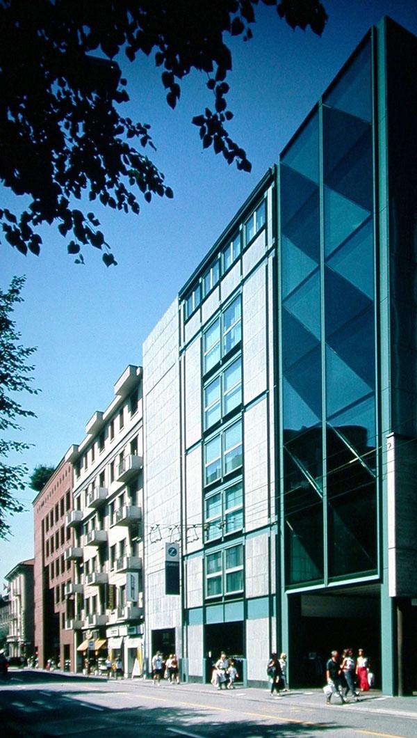Edificio commerciale e amministrativo Macconi