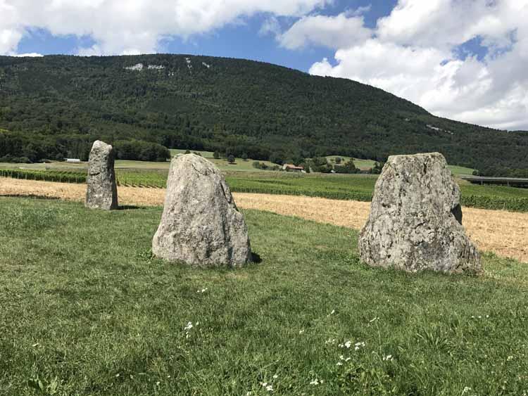Menhirs de Corcelles-près-Concise